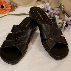 "New Naturalizer Black Leather ""Risco"" Sandal 8 1/2"